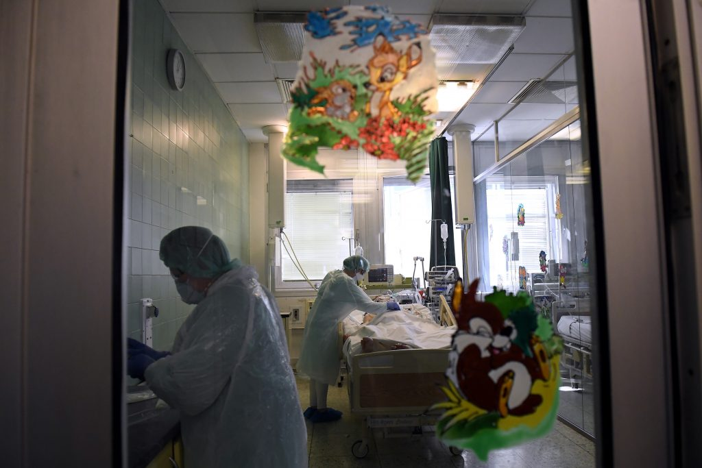 Rising Number of Children Infected with Covid-19 in Hungary post's picture