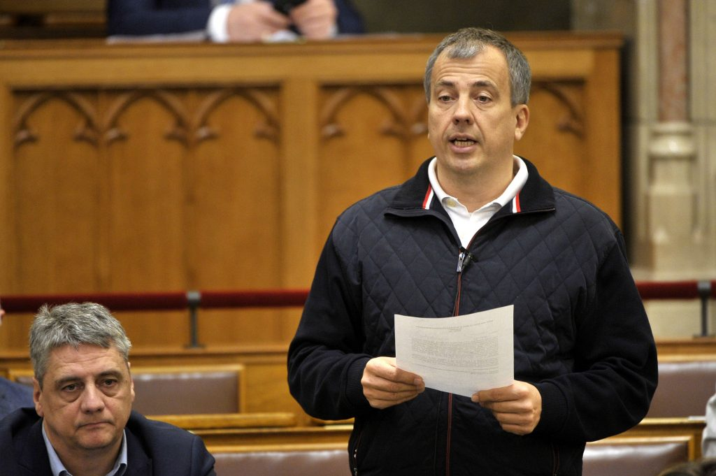 Coronavirus: DK Won't Attend Party Financing Talks because 'Orbán Fighting Opposition Rather than Epidemic' post's picture