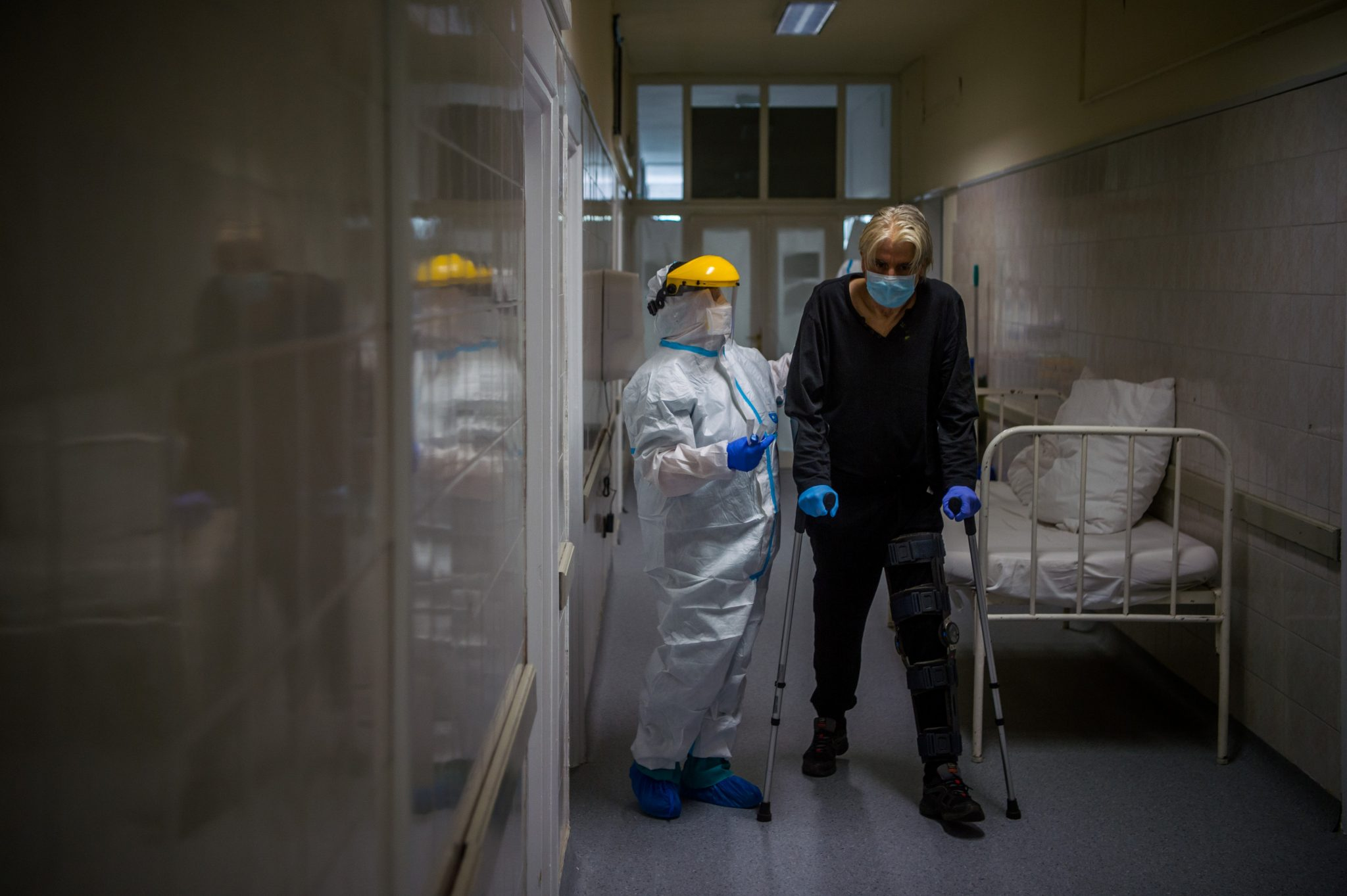 Coronavirus: Hungary Sees Plateauing Epidemic but Growing Tension in January