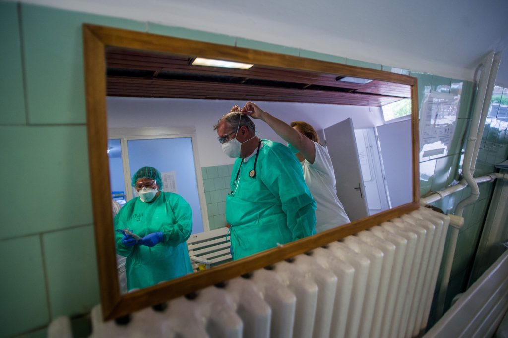 Coronavirus: Two Patients Die, Registered Infections Increase by 52 in Hungary post's picture