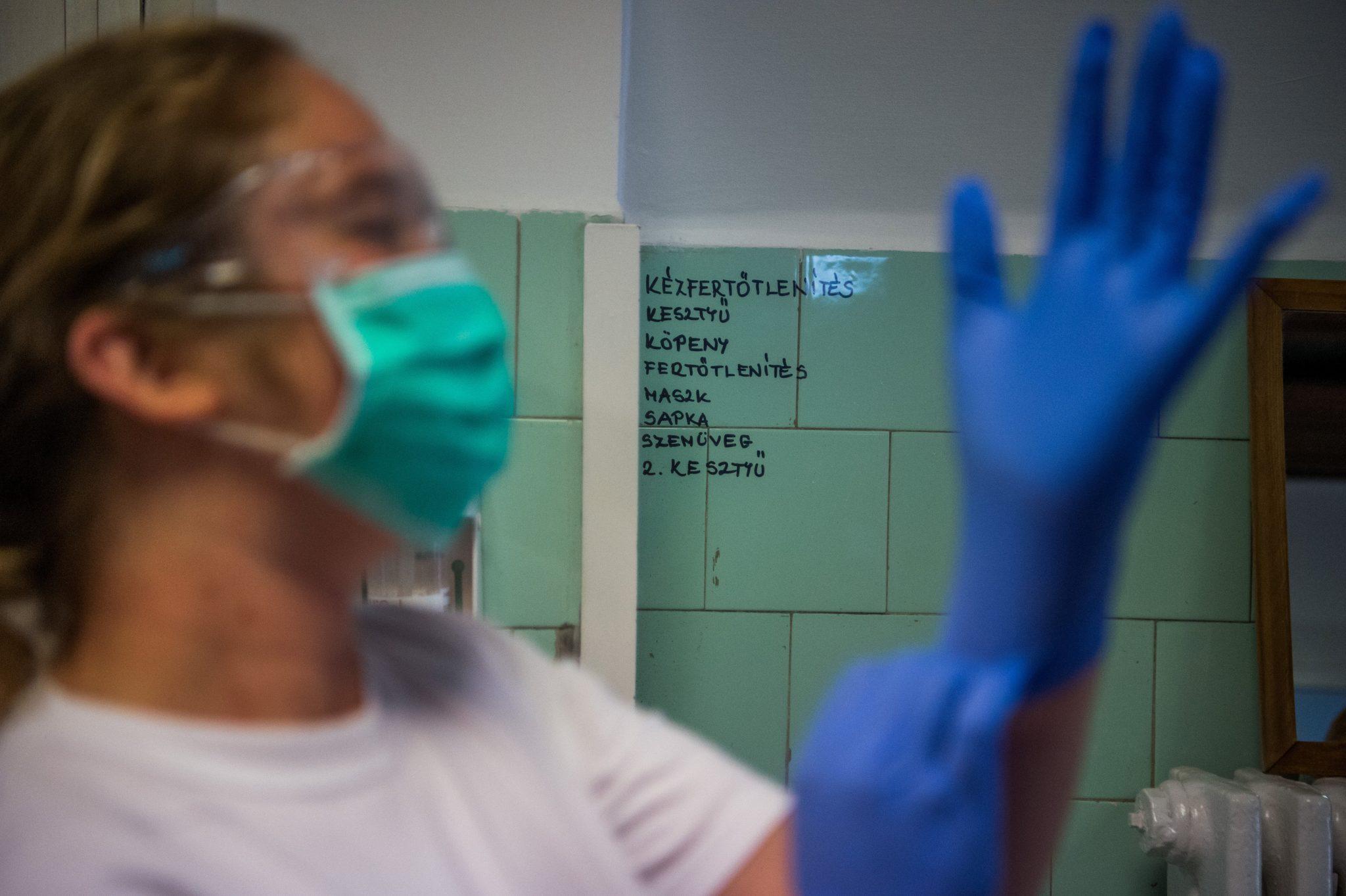 Nurses Demand Similar Wage Hike to Doctors'