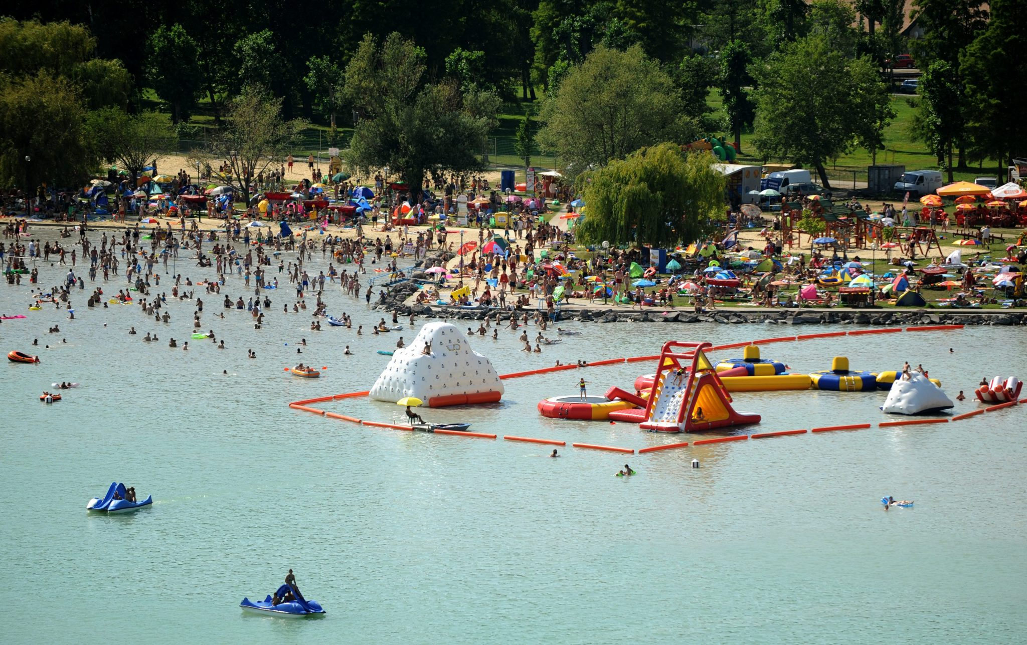 Coronavirus: Most Open-air Swimming Venues Outside Budapest to Open Next Weekend post's picture