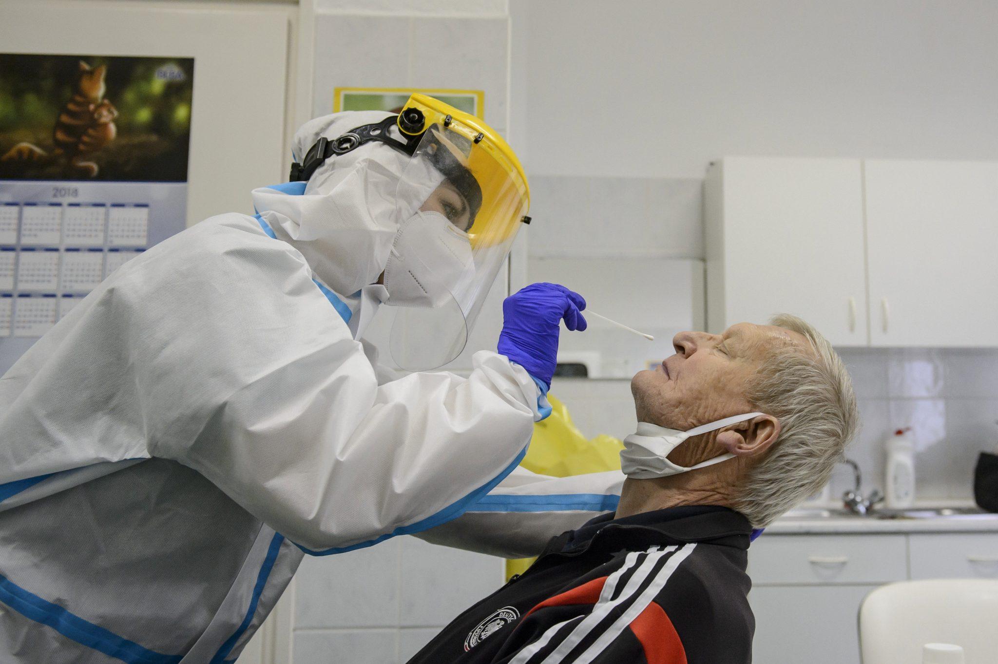 Coronavirus - National Health Centre: Karácsony 'Wrong' about Antigen Tests
