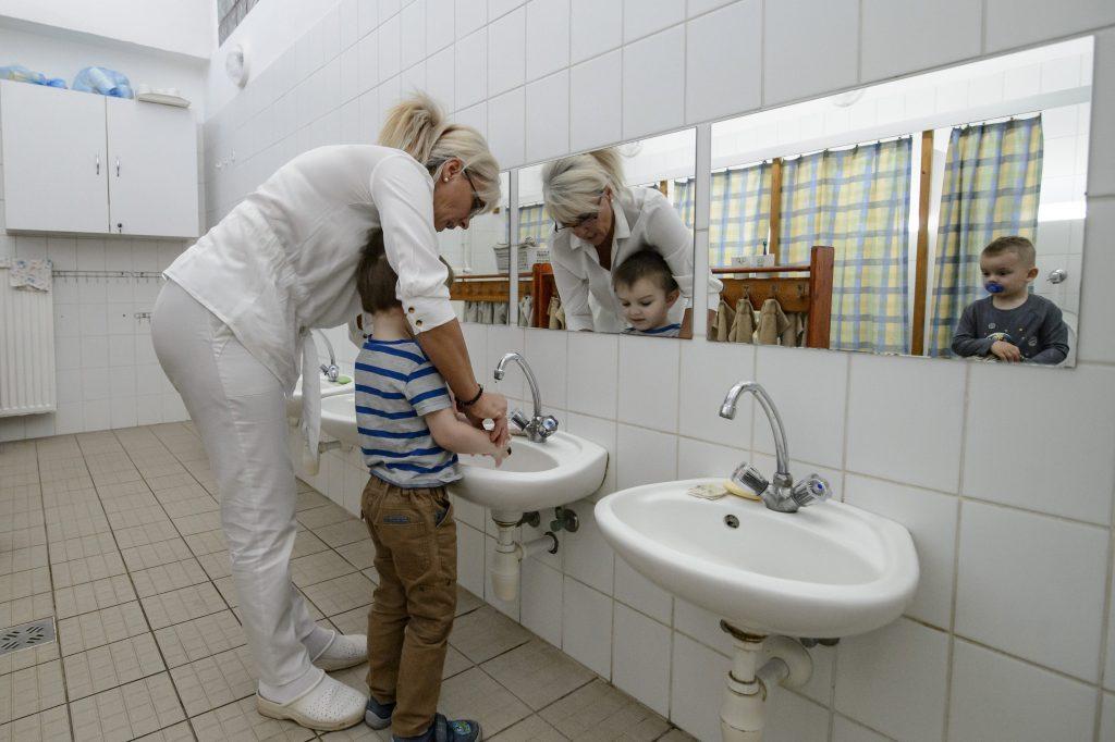 DK Calls For Inoculation of Kindergarten, Creche Staff post's picture