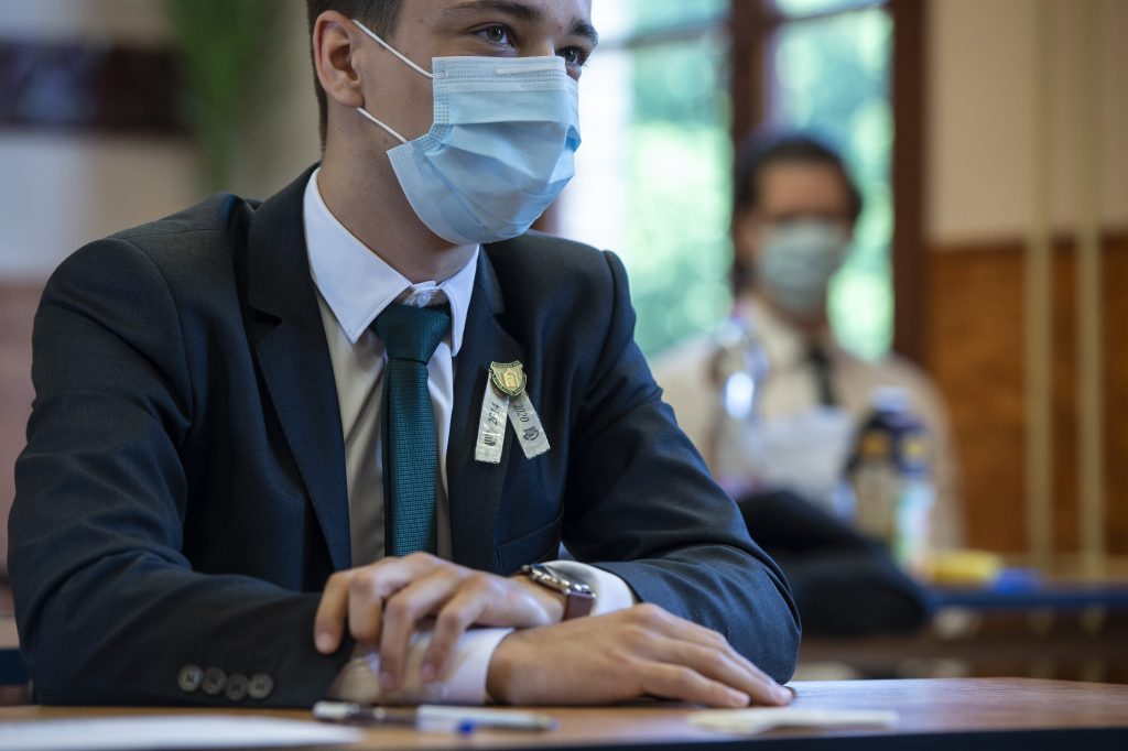 Coronavirus: Final Exams Started Under Irregular Circumstances in Hungarian Secondary Schools post's picture