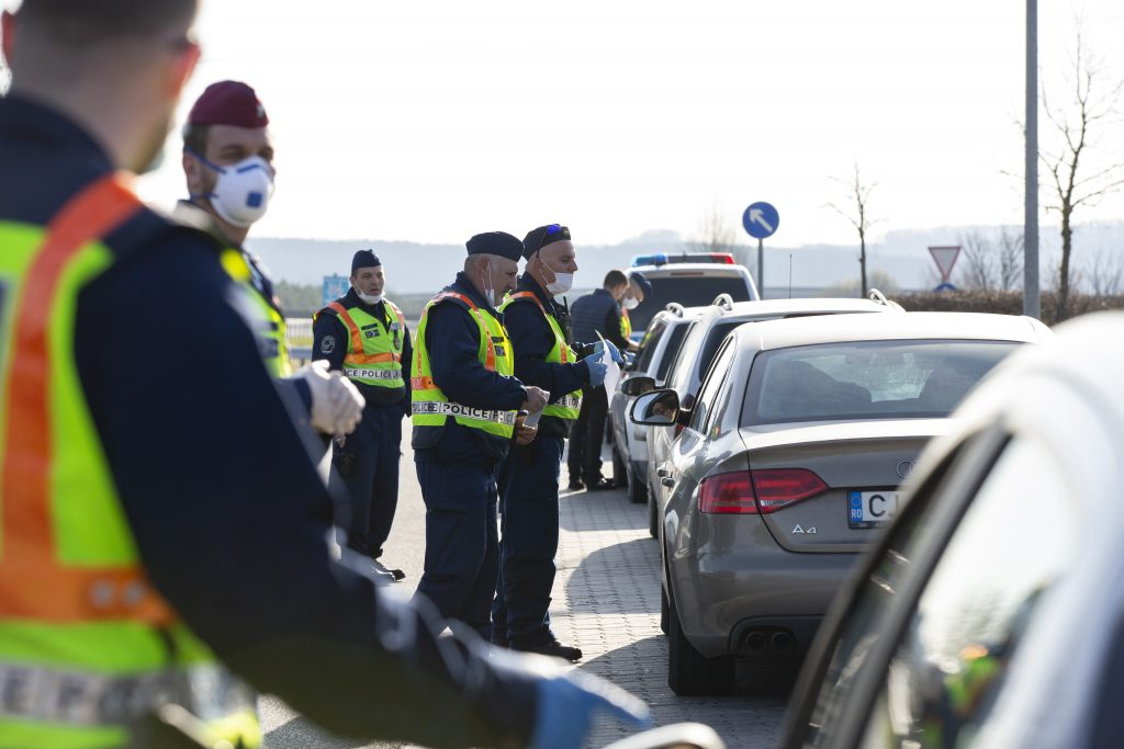 Coronavirus: Foreign Minister in Talks with Slovenia on Phasing Out Border Restrictions post's picture