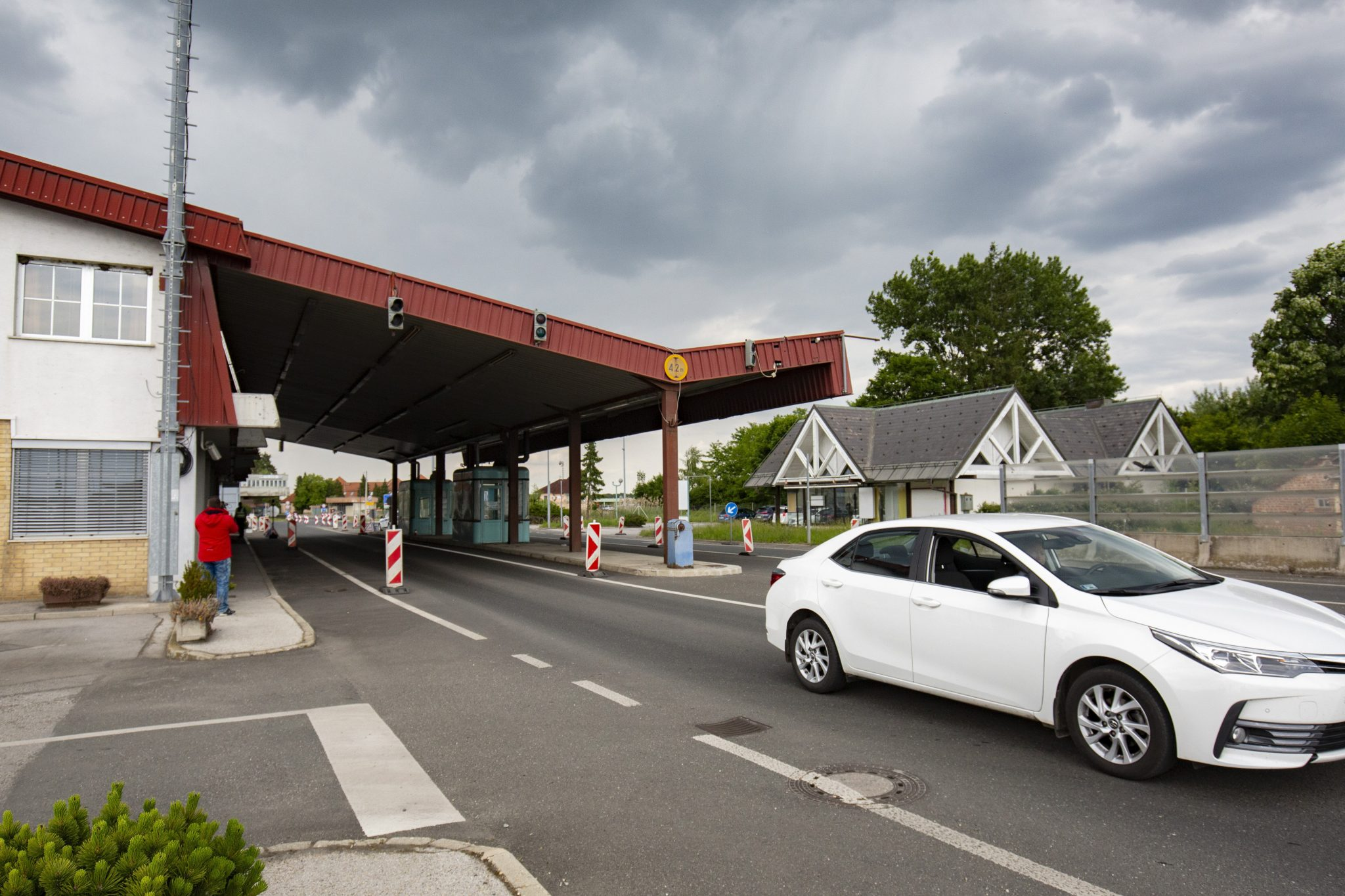Operative Board: Restrictions Lifted for Hungarians Returning from Bulgaria post's picture