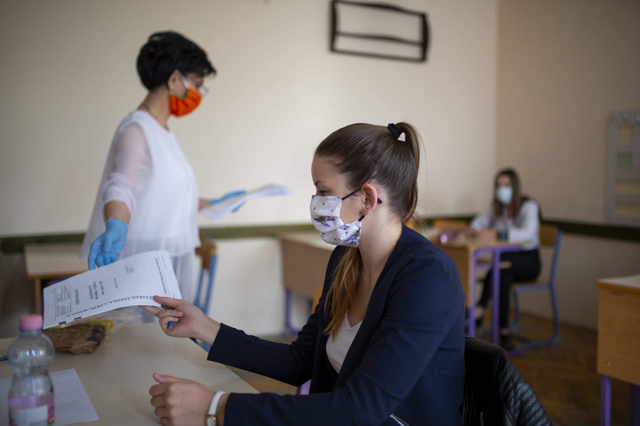 Hungary Revamps School Final Exams