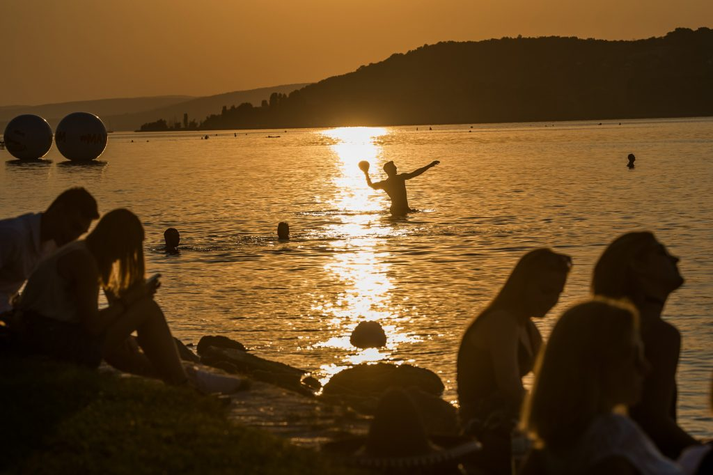 Summer at Lake Balaton: Beach Entry Ticket Prices Increased in Most Places post's picture