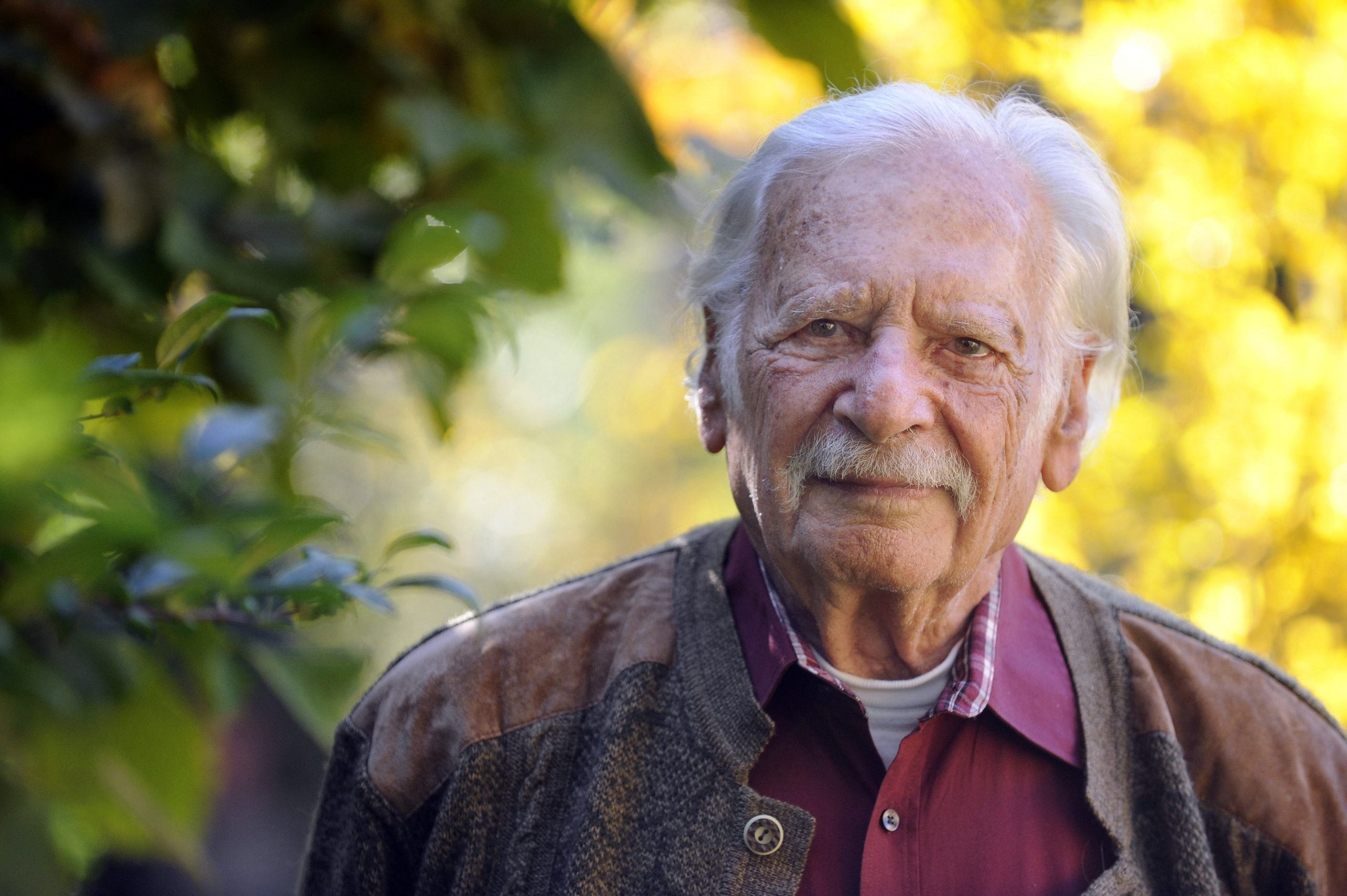 'Farmer Bálint,' the Famous 'Gardener of the Country' Dies at Age 101 post's picture