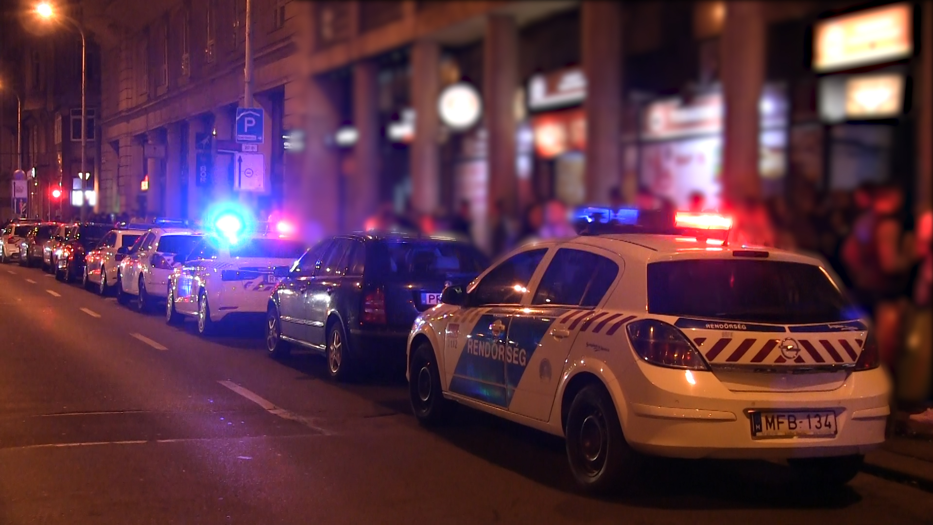 Large Police Raid In Downtown Budapest post's picture