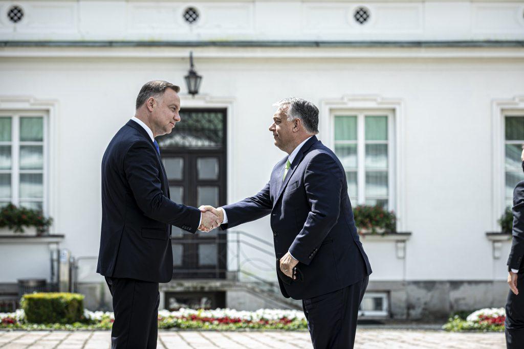 Orbán Congratulates Duda on Re-election post's picture