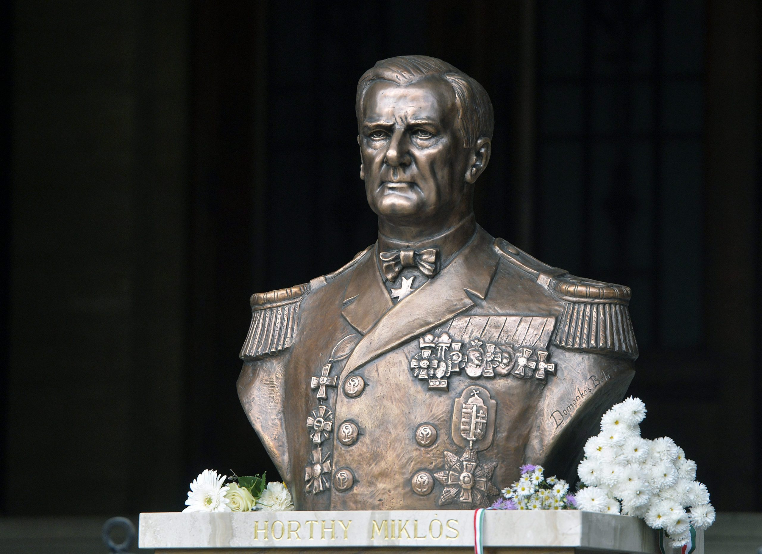 Mi Hazánk Demands Police Protection for Horthy Bust post's picture
