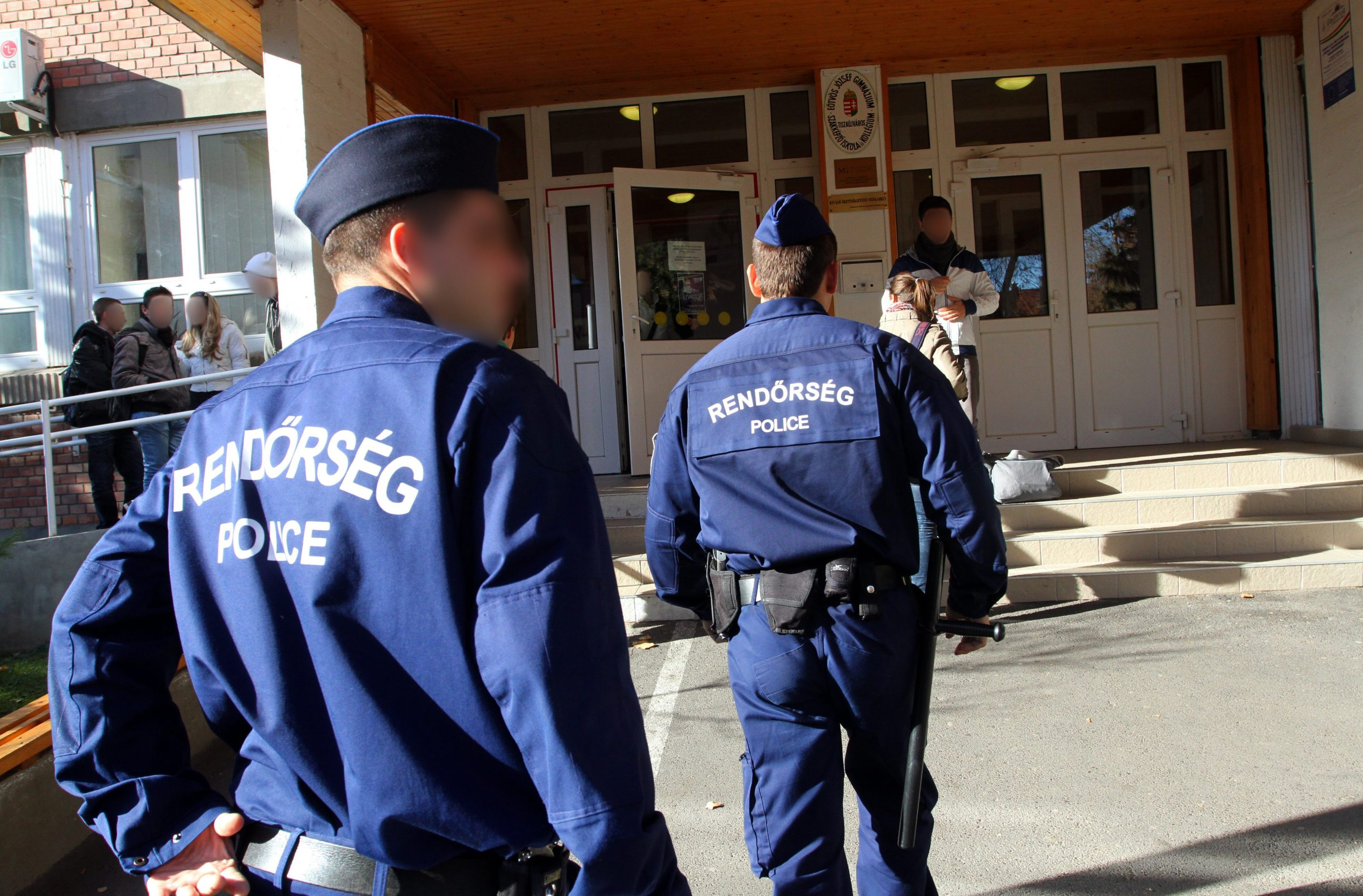 School Guards Offered Higher Salaries than Entry-level Teachers post's picture