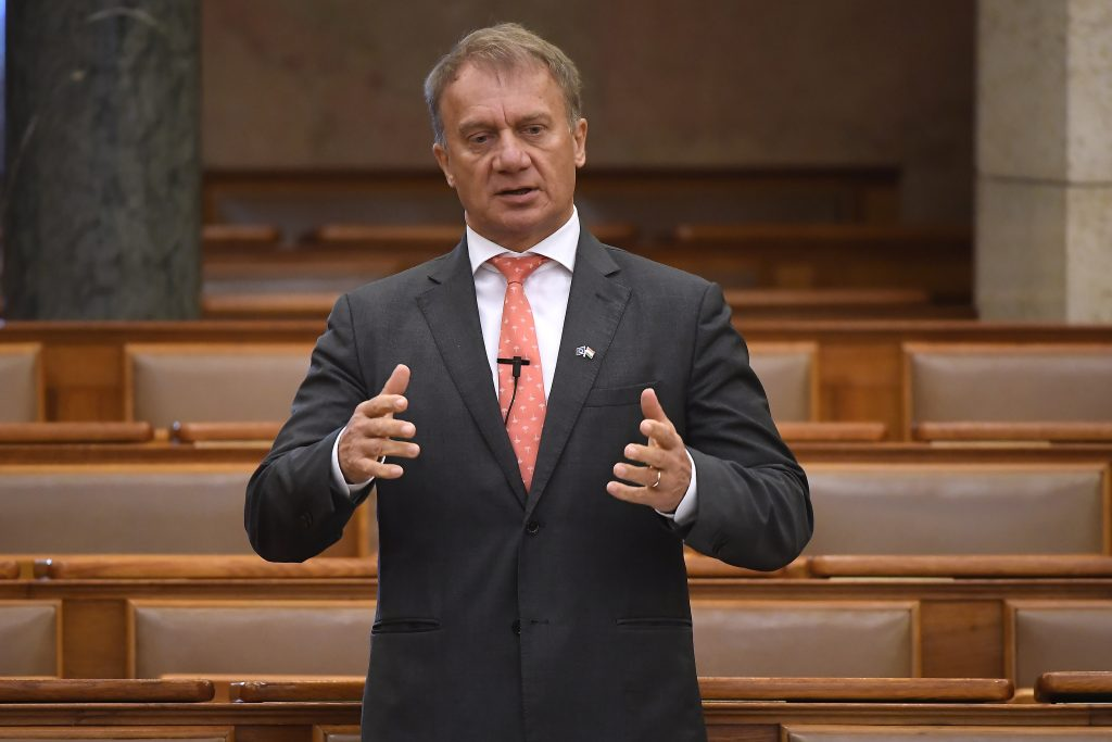 DK: Introduction of Euro and European Minimum Wage 'Only Way Out of Crisis' post's picture