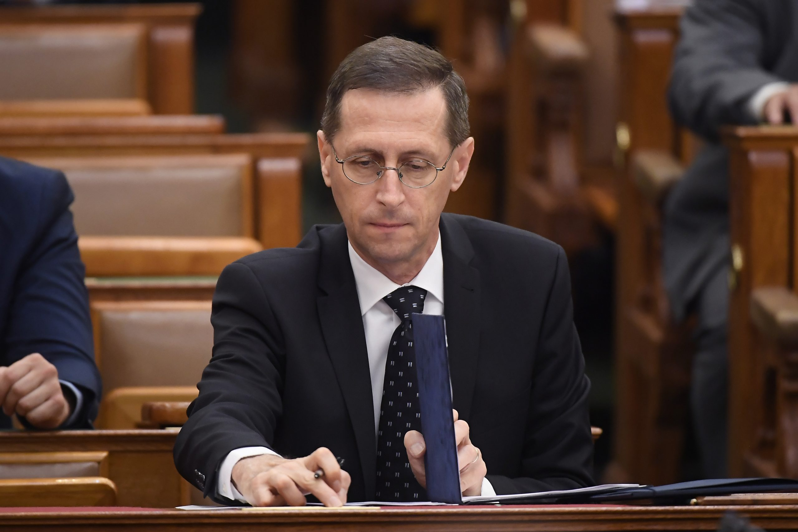 Hungary GDP Down 5.1 % in 2020, Gov't Expects Quick Return to Growth Path