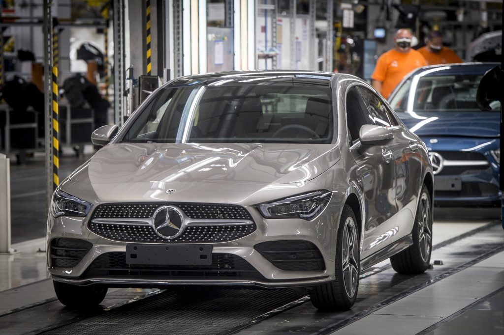 Mercedes Ends Shutdown Caused by Supply-chain Woes in Hungary post's picture