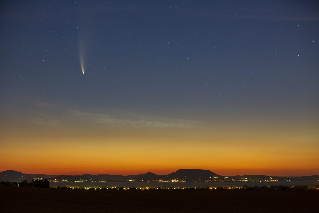 Rare Comet 'Neowise' Passes Earth Once in Thousands of Years, Photographed Above Hungary post's picture