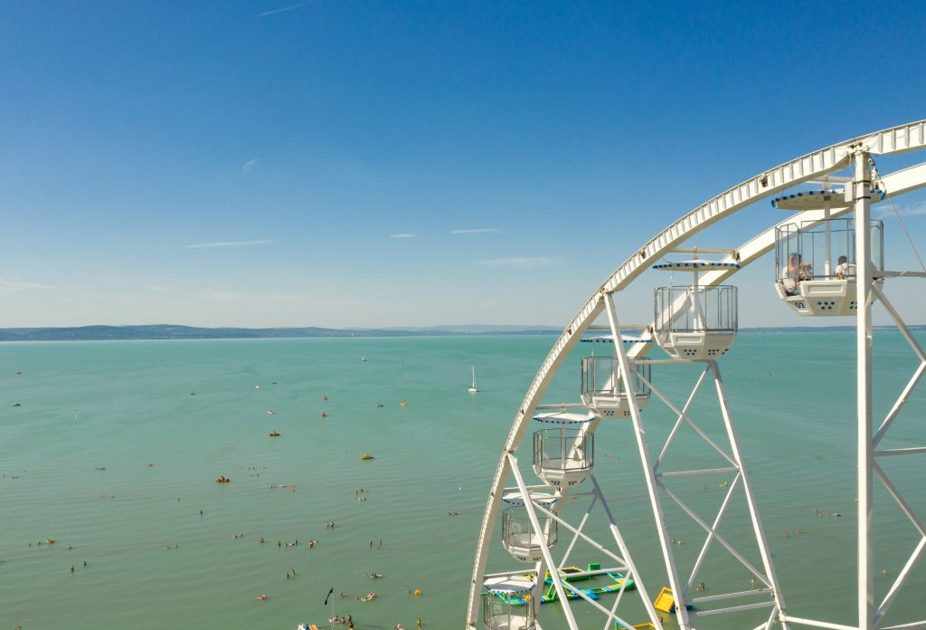 Best Beaches Around Lake Balaton Announced at 'Blue Wave Flag' Competition post's picture
