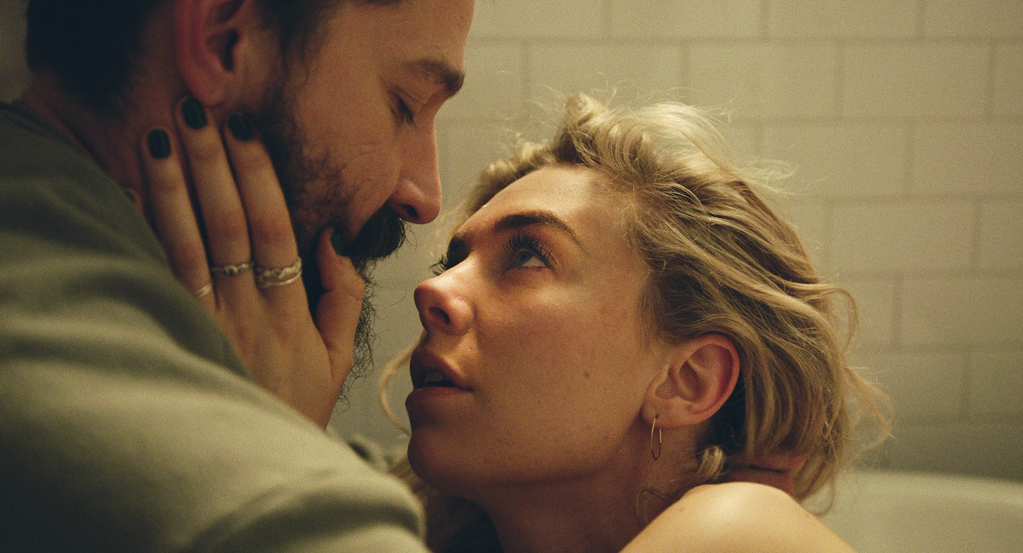 Vanessa Kirby Wins Best Actress Award at Venice Film Festival for Hungarian Director Mundruczó's 'Pieces of a Woman'
