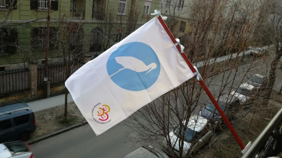 Budapest Mayor Karácsony Displays Flag in Support of Raising Families post's picture