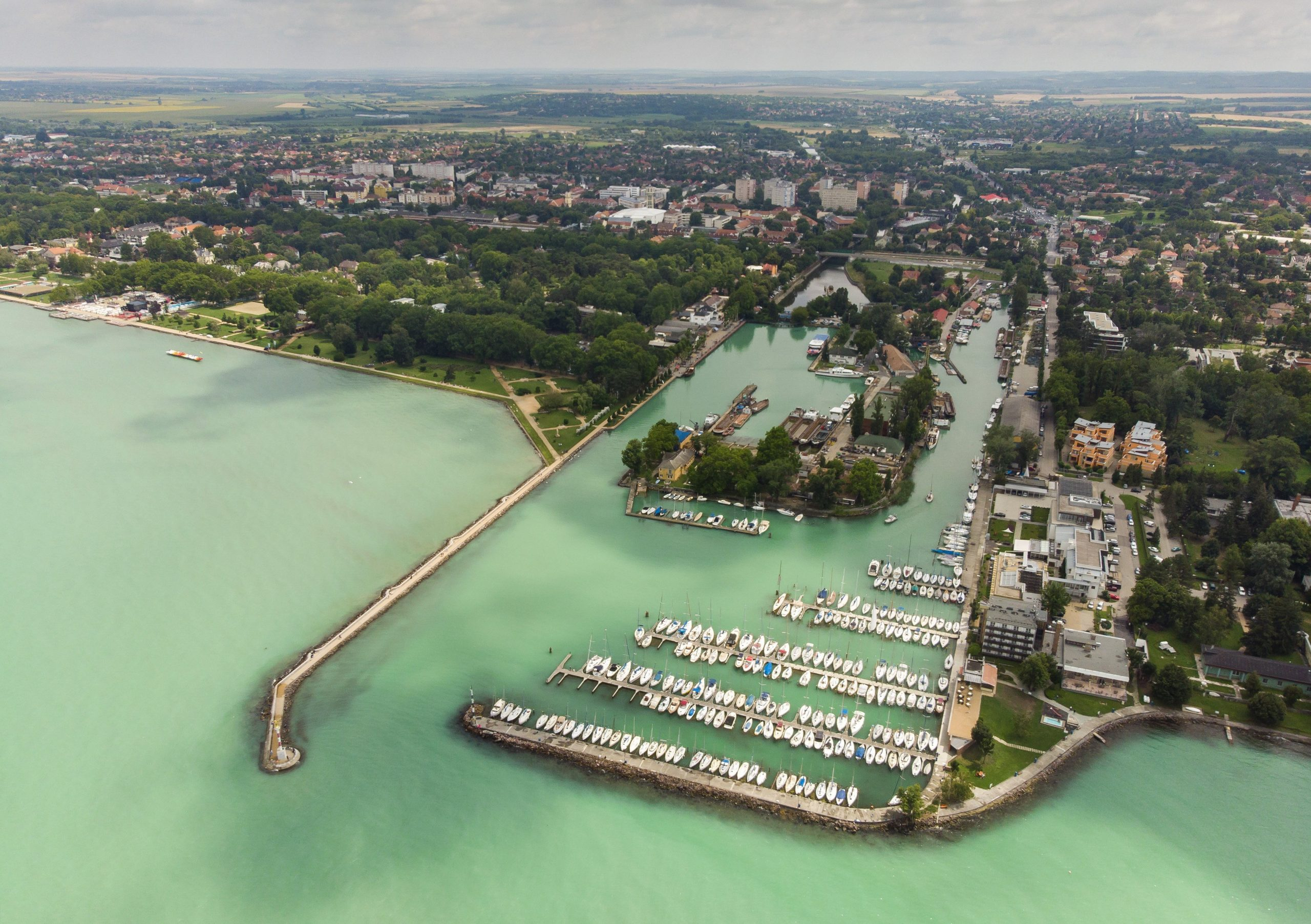 Balaton Accommodations Rise to Foreign Luxury Hotel Prices