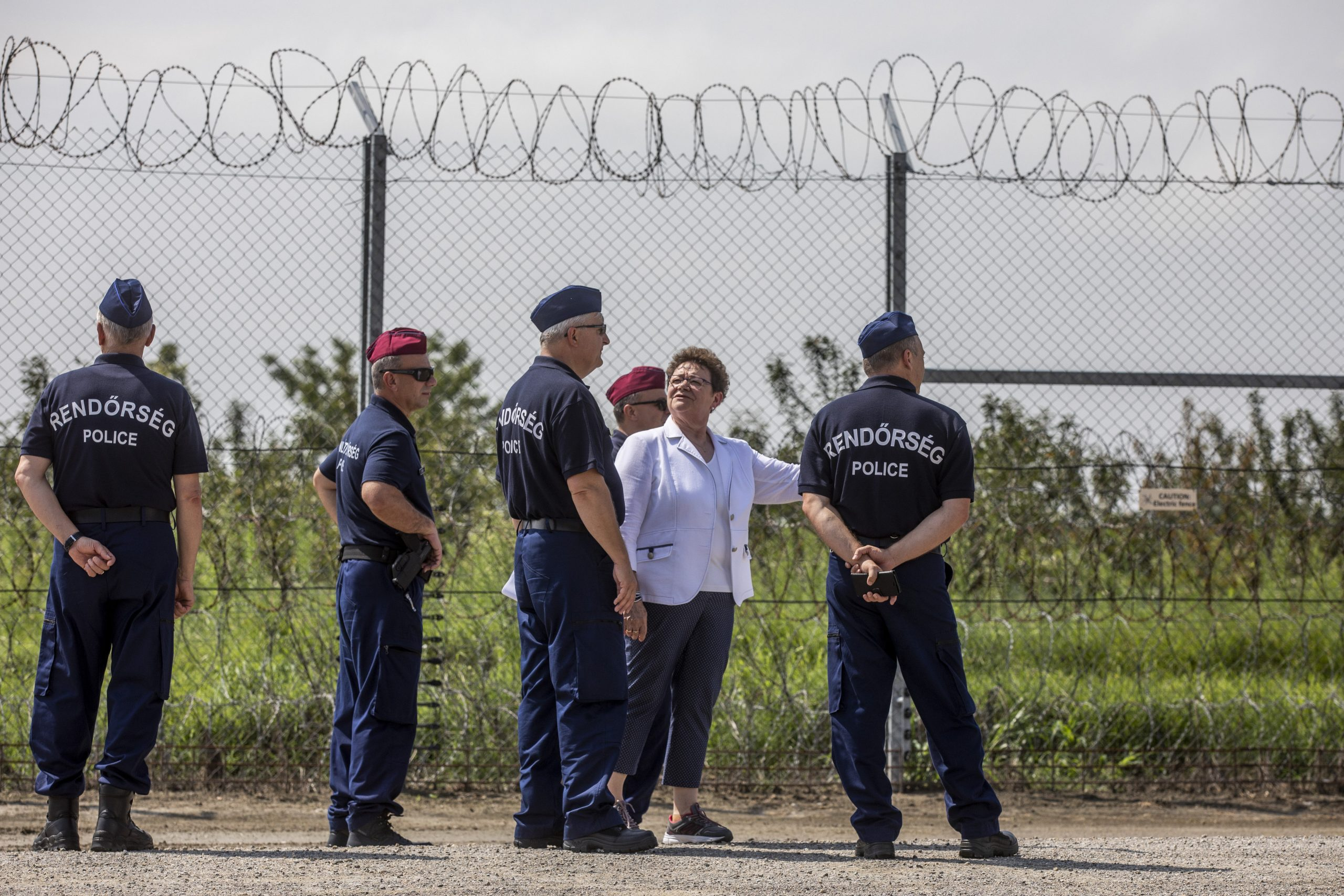 Chief Medical Officer: Uncontrolled Migration 'Extreme Danger' to Hungary's Public Health post's picture