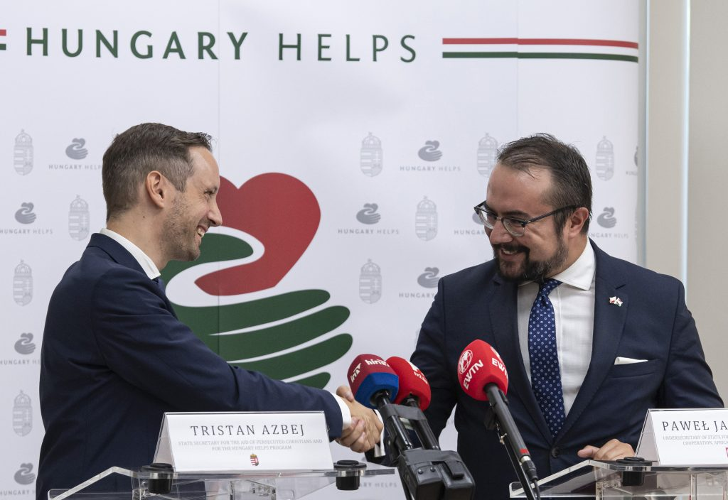 Agreement on Hungarian-Polish Humanitarian Cooperation Signed post's picture
