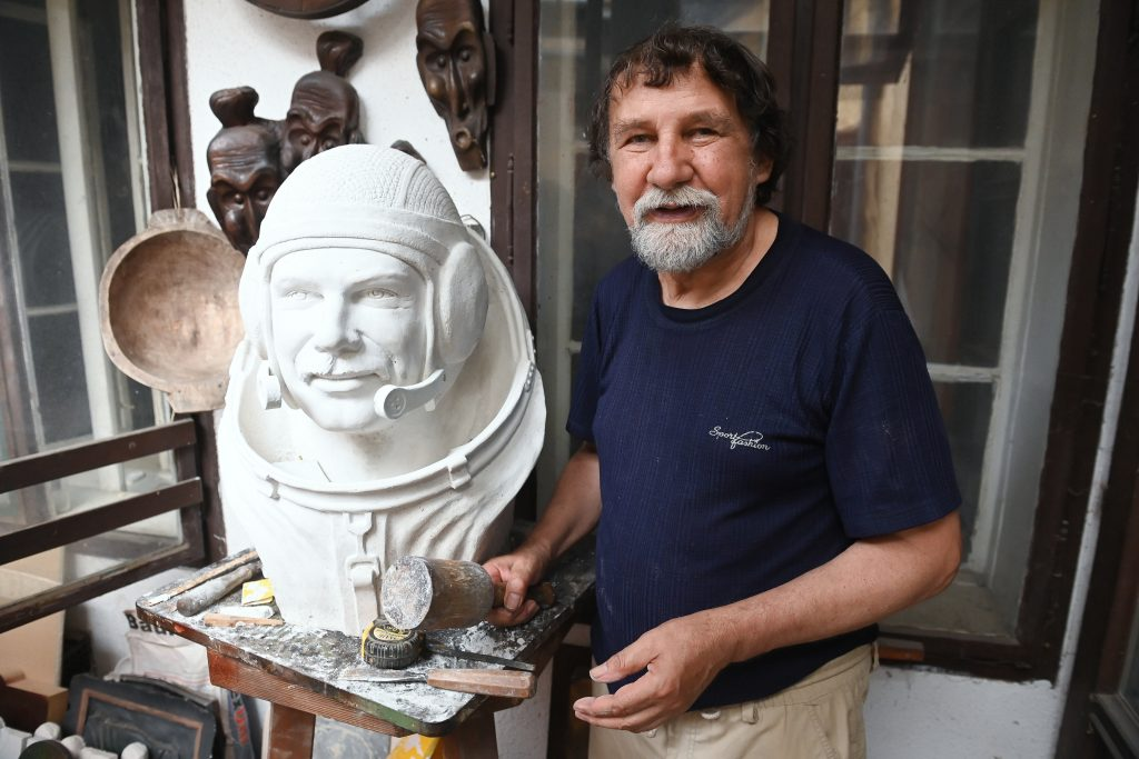 First Hungarian Astronaut to be Honoured with Sculpture on Anniversary Celebration post's picture