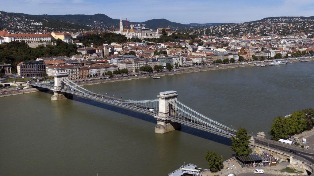 A-Híd Wins Tender to Renovate Historic Chain Bridge post's picture