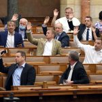 Hungarian Press Roundup: Opposition Hopes Pinned on COVID Crisis