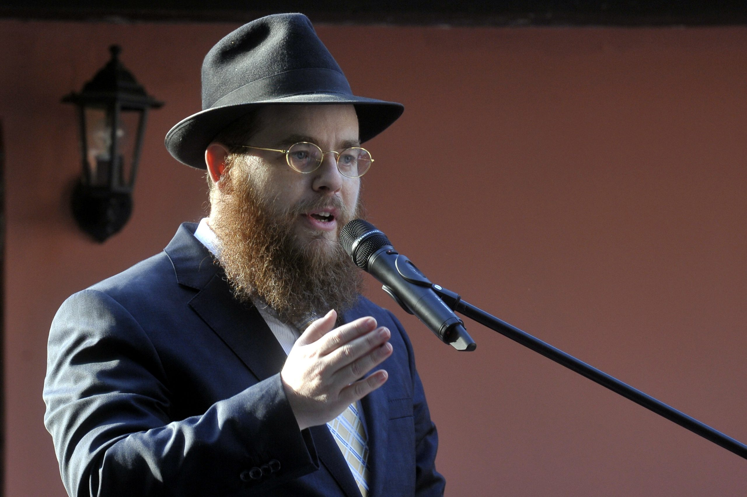 EMIH Leading Rabbi to Roth: Hungary 'Particularly Safe Place' for Jews