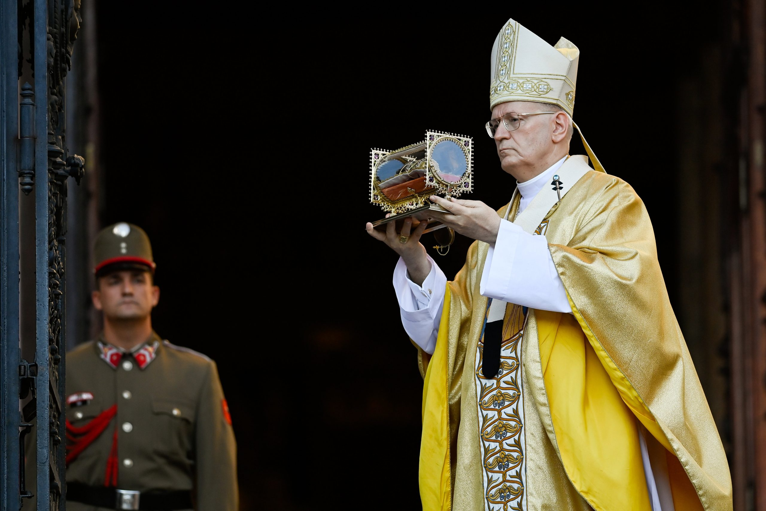 Cardinal Erdő: St. Stephen Built his Country and Life on Rock of Christ post's picture