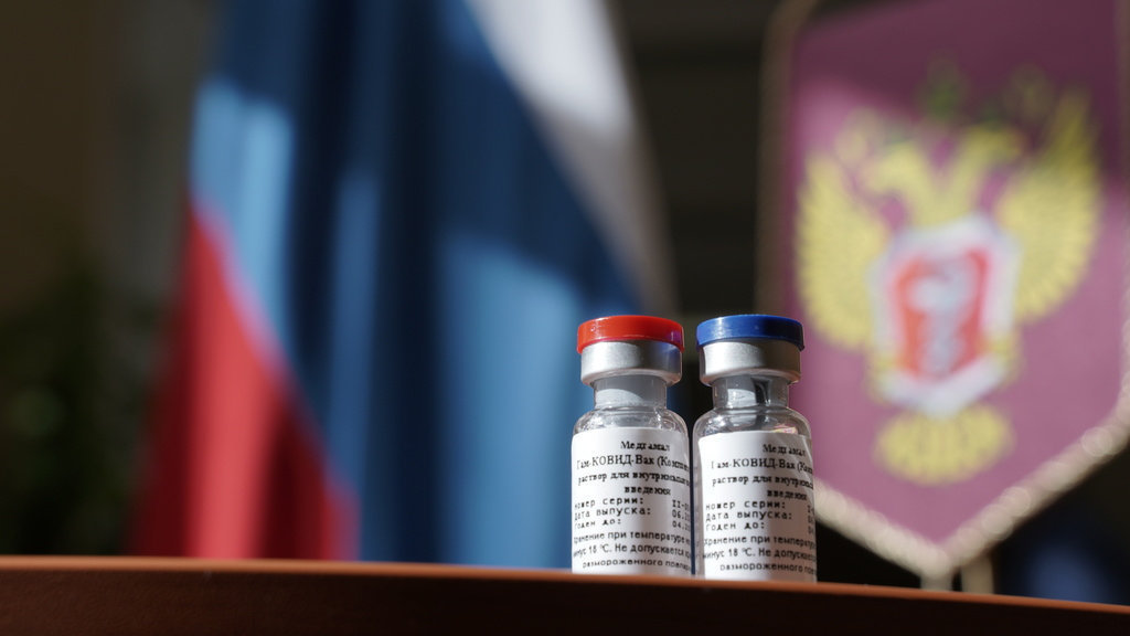 "New Russian Vaccine: ""I Wouldn't Get It Myself,"" says Hungarian Expert post's picture"