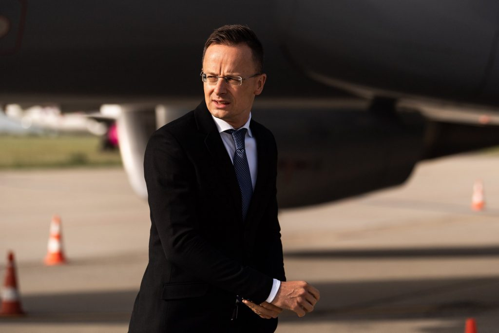 Charges Brought Against FM Szijjártó for Yacht Trip post's picture