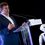 Innovation Minister Presents Artificial Intelligence Strategy