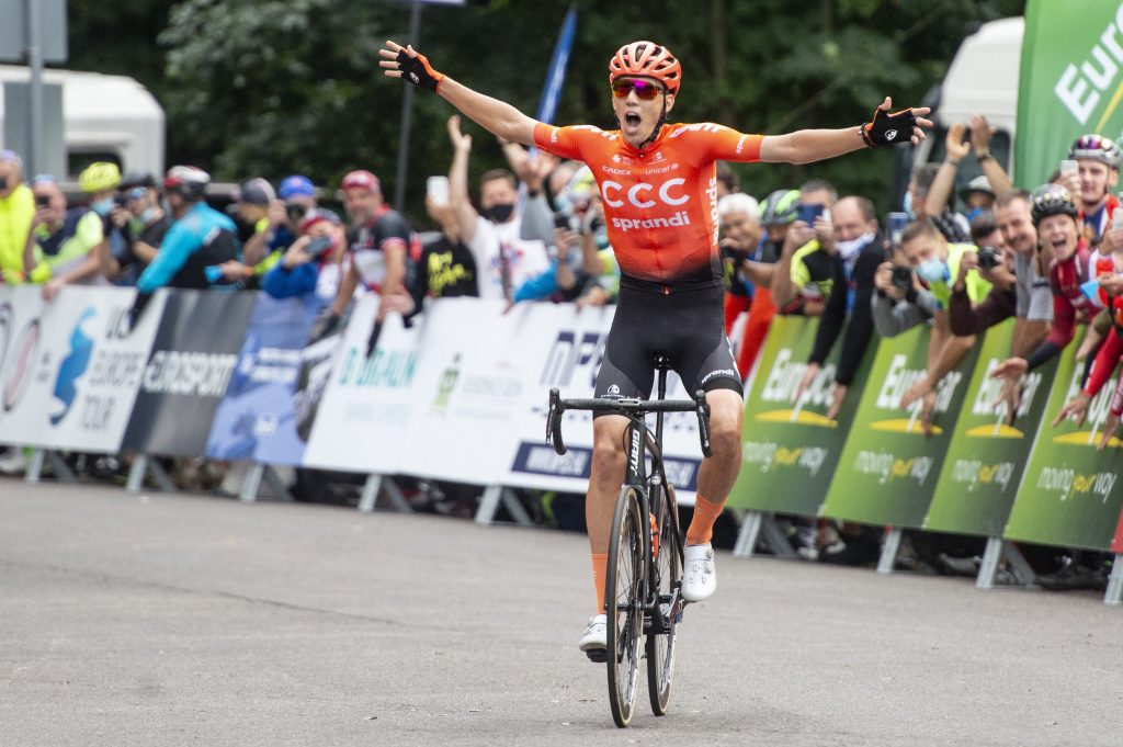 Cyclist Attila Valter Achieves Best-Ever Hungarian Result in Giro d'Italia post's picture