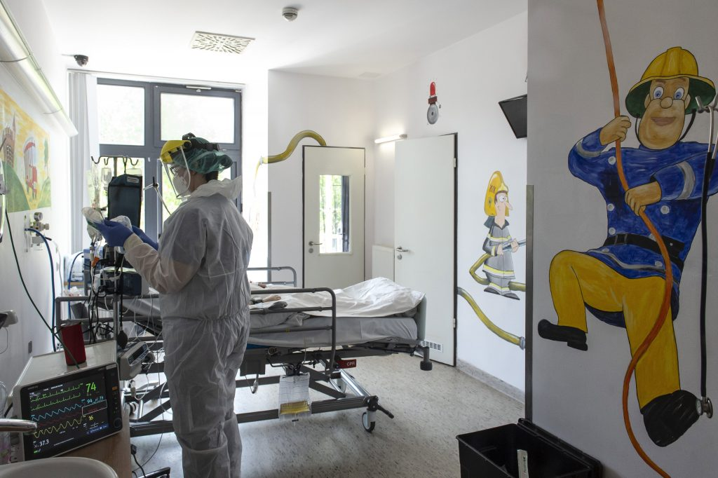 Coronavirus – Fifteen Fatalities, Registered Infections up 1,176 in Hungary post's picture