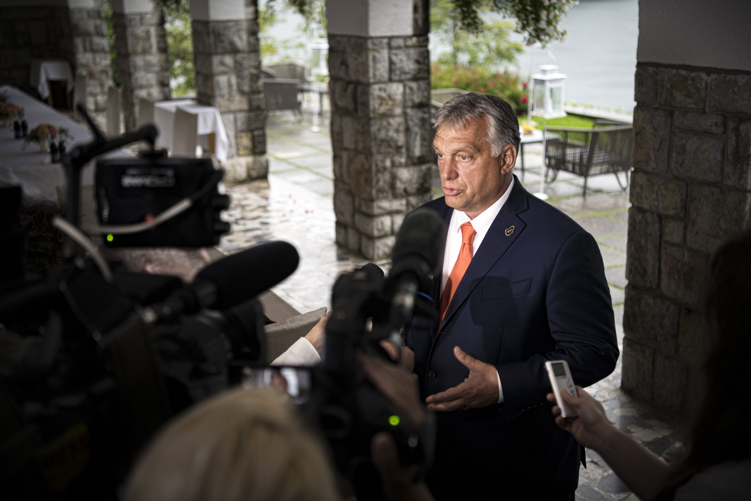 Orbán in Die Zeit: Rule of Law Can Wait, but Countries in Need of Money Cannot