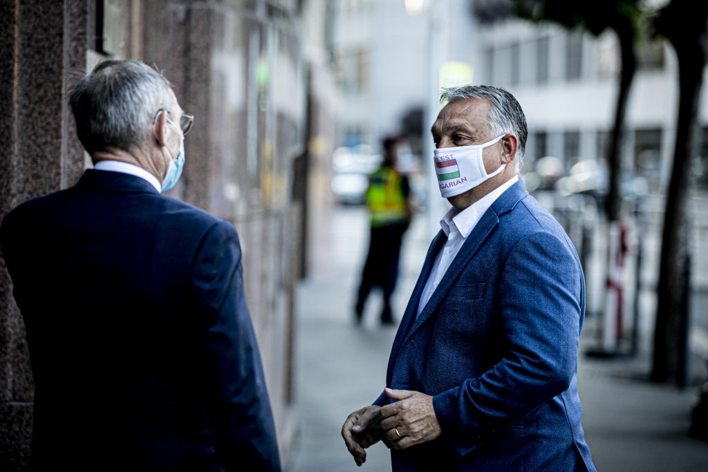 Orbán 'Not Big Fan' of Wearing a Mask but Says It's Important to Protect Each Other post's picture