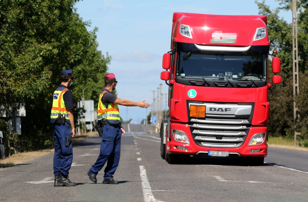 Coronavirus – Two Border Crossings Reopened between Hungary and Slovakia post's picture