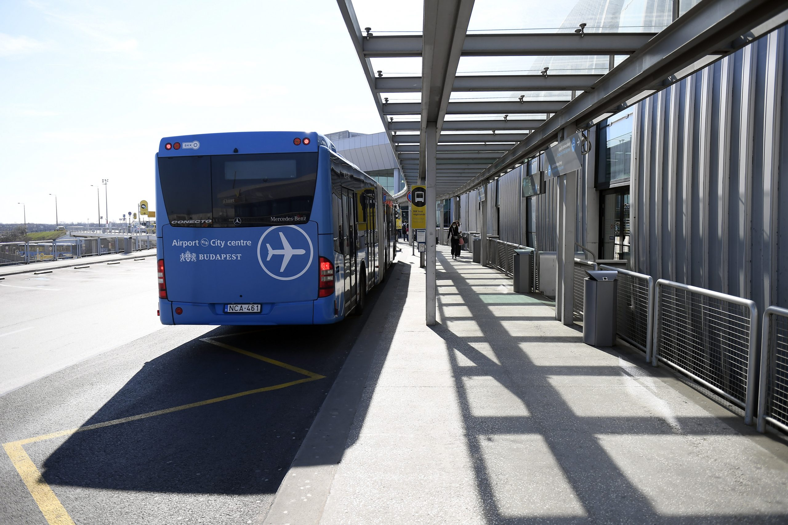 Budapest Transport Center Sells Almost 16,000 Tickets for Suspended Direct Airport Bus post's picture