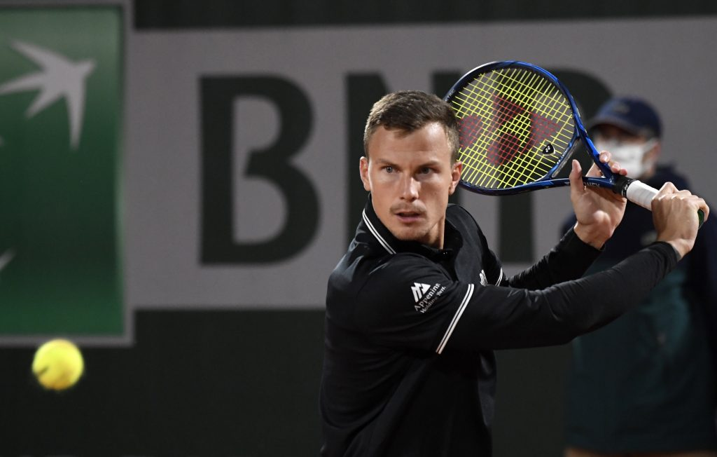 Hungarian Tennis Player Fucsovics Wins Against Top 10-Ranked Medvedev at French Open post's picture