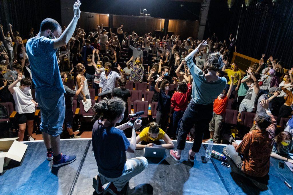 Theater Uni Protesters Stick to 'Student Republic' Despite New Leadership Taking Hard Line post's picture