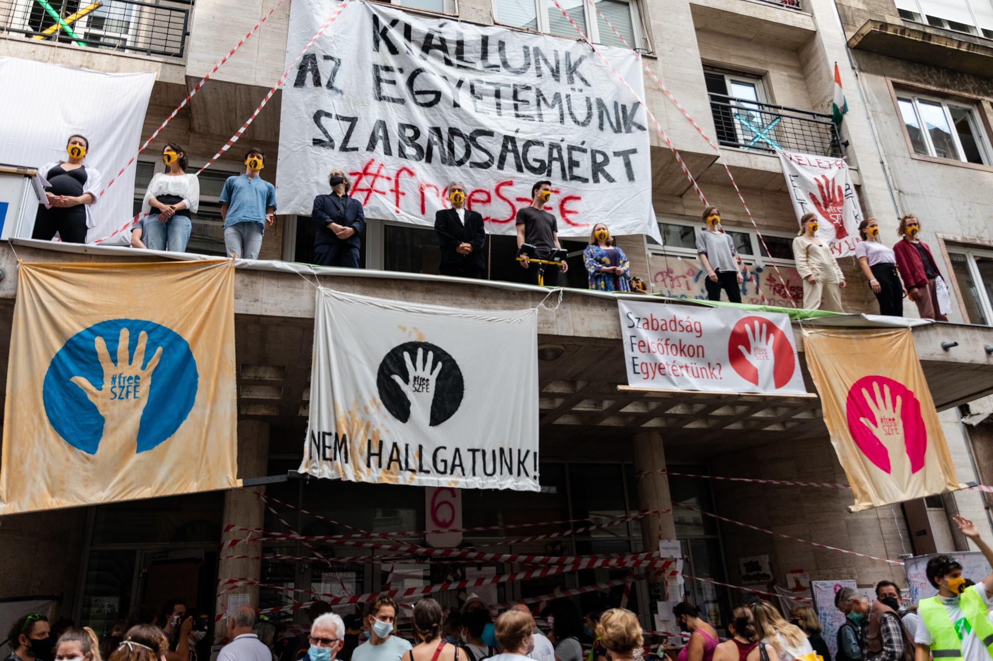 SZFE Students, Strike Comittee Reject New Leadership's 'Ultimatum'