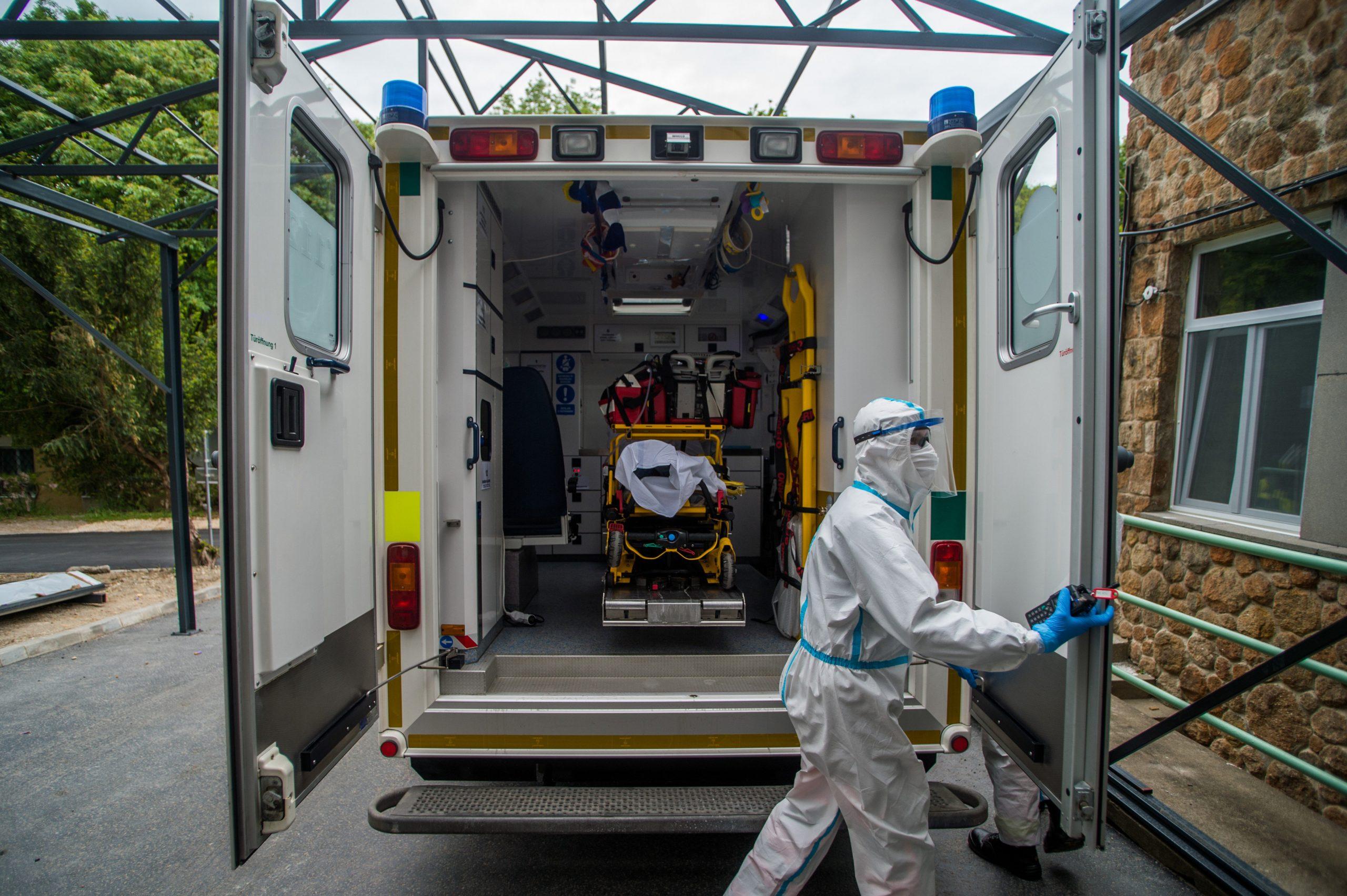 Coronavirus: le service d'ambulance va augmenter le nombre d'unités de test