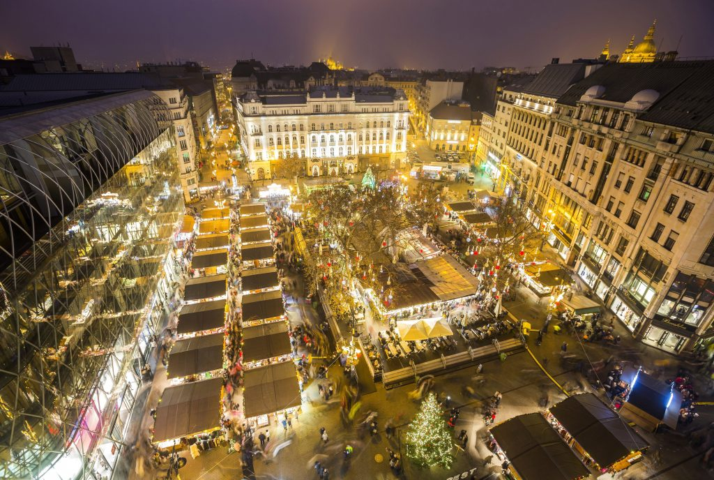 Coronavirus: Vörösmarty Square Christmas Market Canceled post's picture