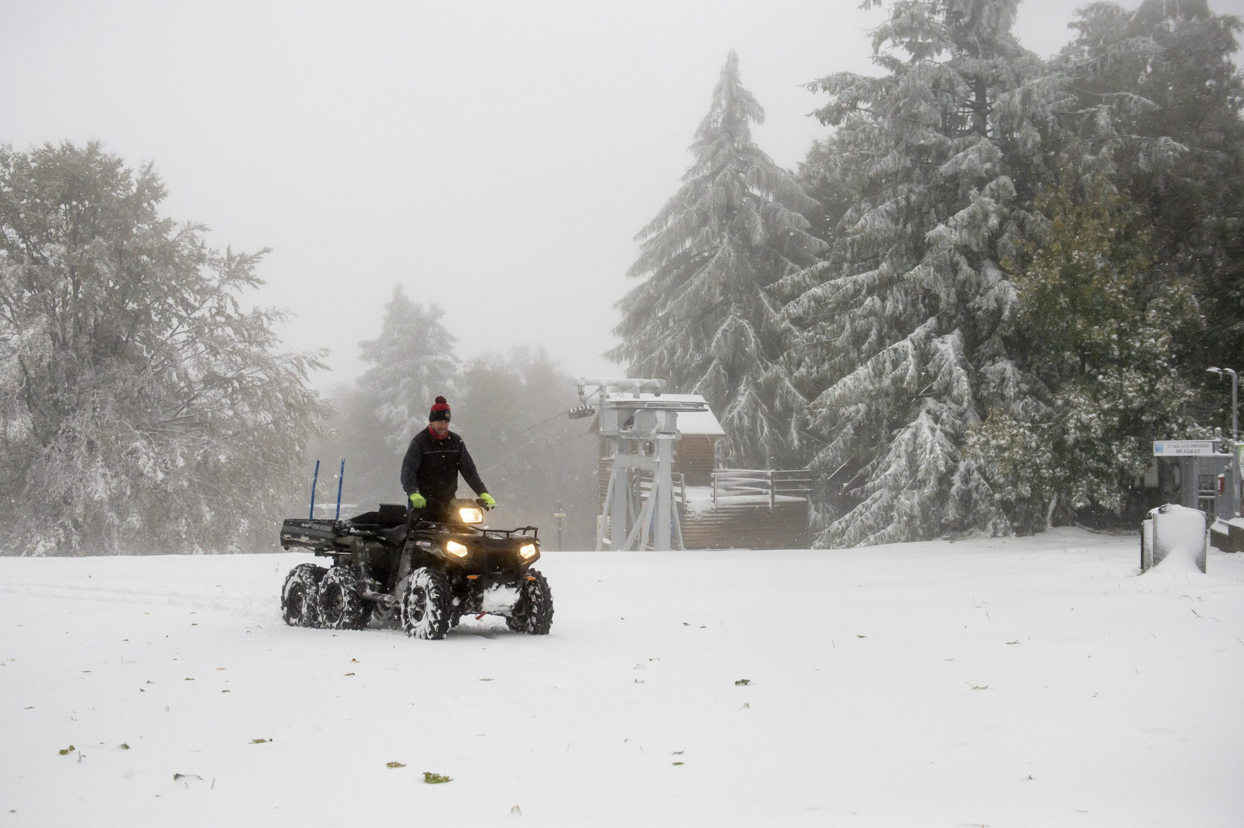 First Snow of the Season Hits Hungary's Highest Points – Videos! post's picture