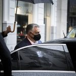 Orbán Visits Knifed Police Officer in Hospital
