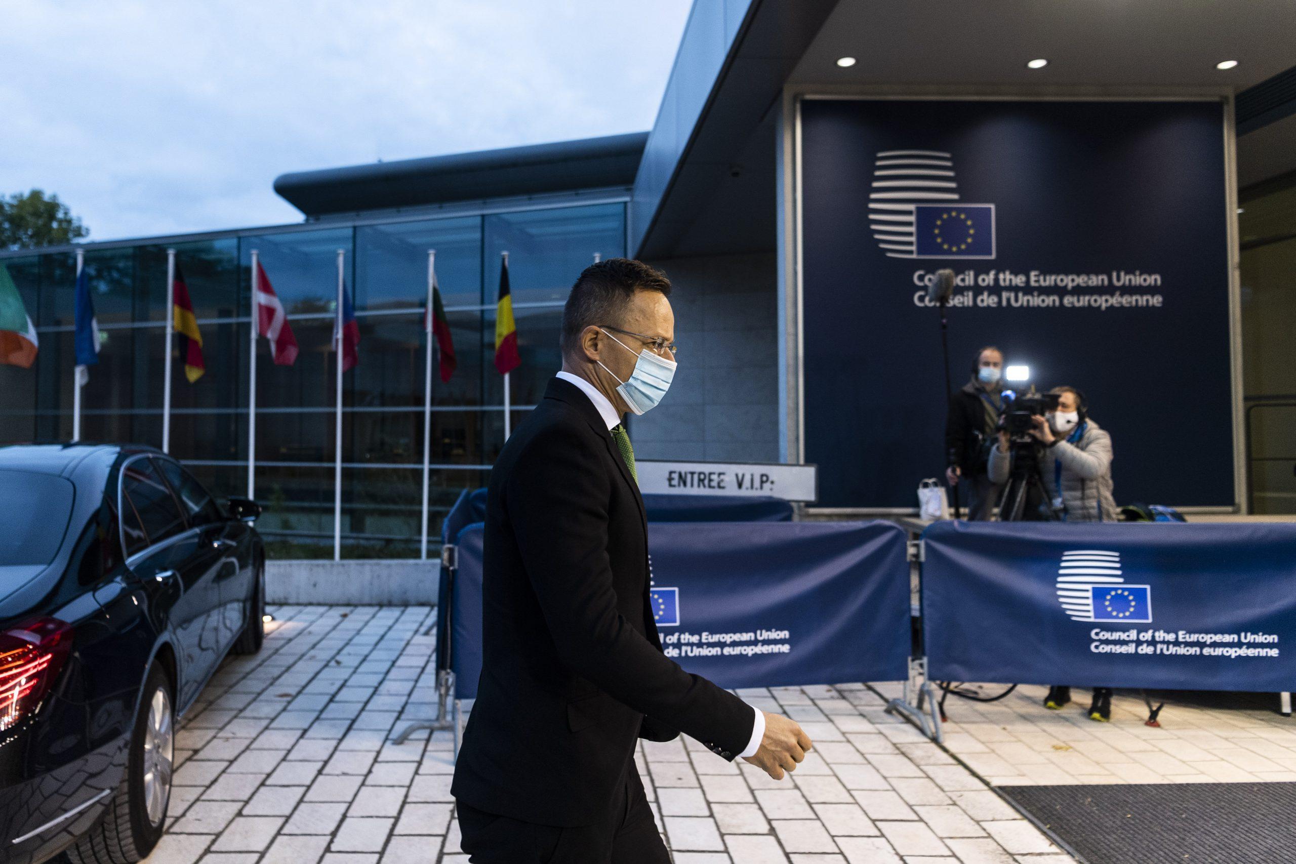 FM Szijjártó: EU Proposal to Scrap Unanimity Requirement for Foreign Policy Decisions 'Dangerous'
